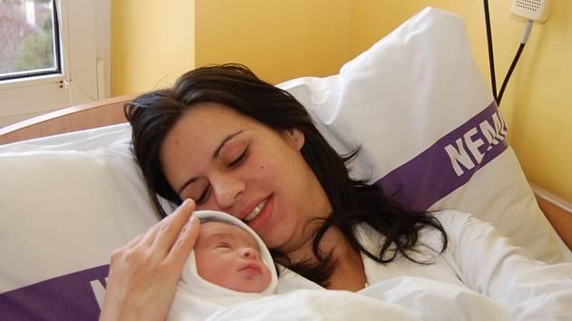Radce Sahulové z Děčína se 13. prosince 06.55hodin  v děčínské porodnici narodil syn Jan. Měřil 51 cm a vážil 3,09 kg.