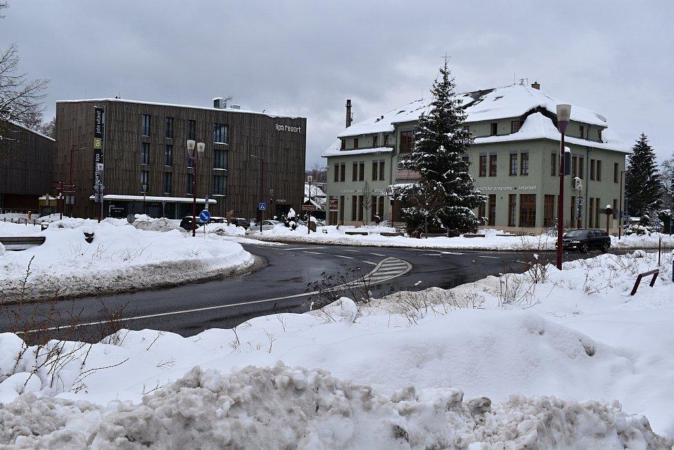 Lípa resort a Dům Českého Švýcarska v Krásné Lípě.