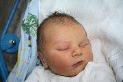 Marcele Bílé z Děčína se 25. června ve 4.00 narodil v děčínské porodnici syn Tomášek Bílý. Měřil 51 cm a vážil 3,48 kg.