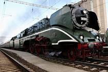 Severem se prohnala nejrychlejší funkční parní lokomotiva světa
