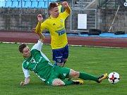 REMÍZA. V utkání Varndorf (ve žlutém) - Vlašim branka nepadla.