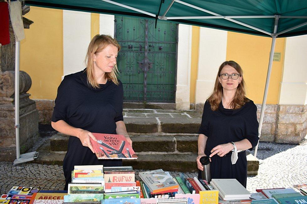 Knihkupectví 2Veverky zavítalo do Hřenska.