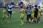 Záchrana! Fotbalisté Varnsdorfu doma ukopali potřebný bod a slaví setrvání ve druhé lize.