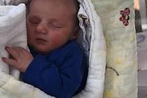 Jakub Tyll se narodil Veronice Šimánkové a Lukáši Tylovi  14. dubna v 8.58 hodin. Měřil 52 cm a vážil 3,69 kg.