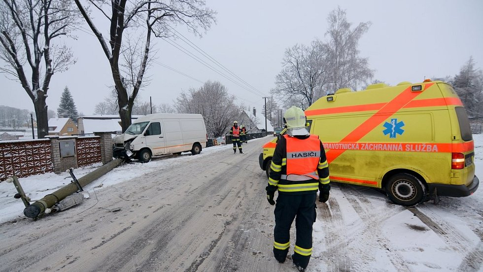 Nehoda u Dolního Podluží