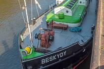 Loď Beskydy.