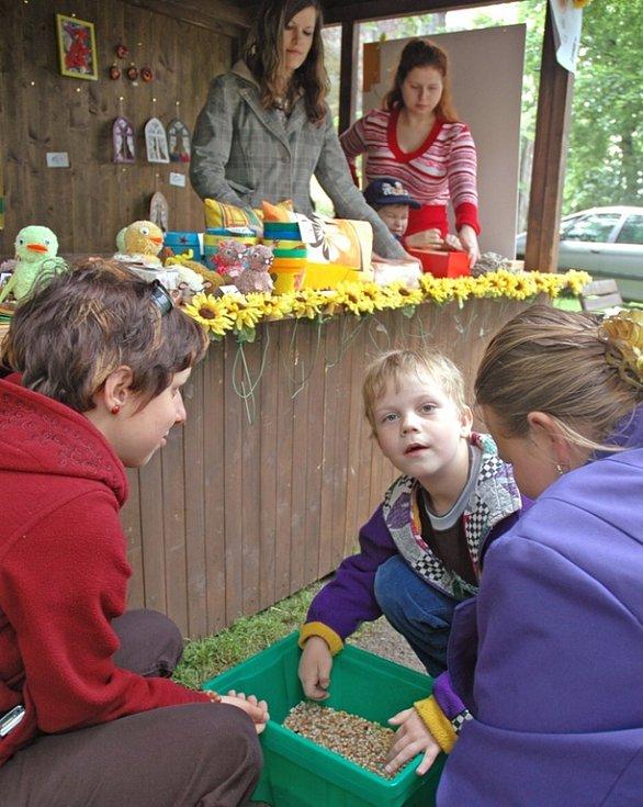 Děčínská bambiriáda pozvala děti zdravé i ty postižené. Bavily se všechny dobře.