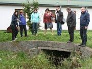 Vedení Rumburku dělá ve městě pravidelné povodňové prohlídky. Tento týden si prohlédlo například Pstruhový potok.