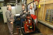 OBŘÍ loď, kterou k výuce využívá děčínská Střední škola lodní dopravy a technických řemesel, čeká rekonstrukce za 12 milionů korun.