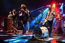 Skupina Jelen vystoupila v bývalém letním kině Bažantnice v Děčíně