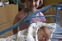 Mamince Lýdii Bajanové z Děčína se 25. října v 01.30 narodil v děčínské nemocnici syn Vojtíšek Bajan. Měřil 51 cm a vážil 3,76 kg.