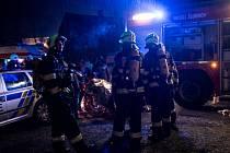 Hasiči zachraňovali v Šluknově obyvatele silně zakouřeného objektu