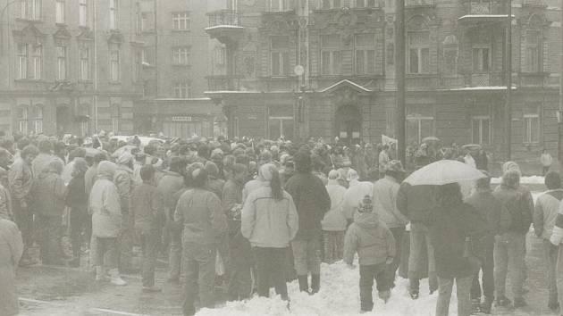 Listopad 89 v Děčíně