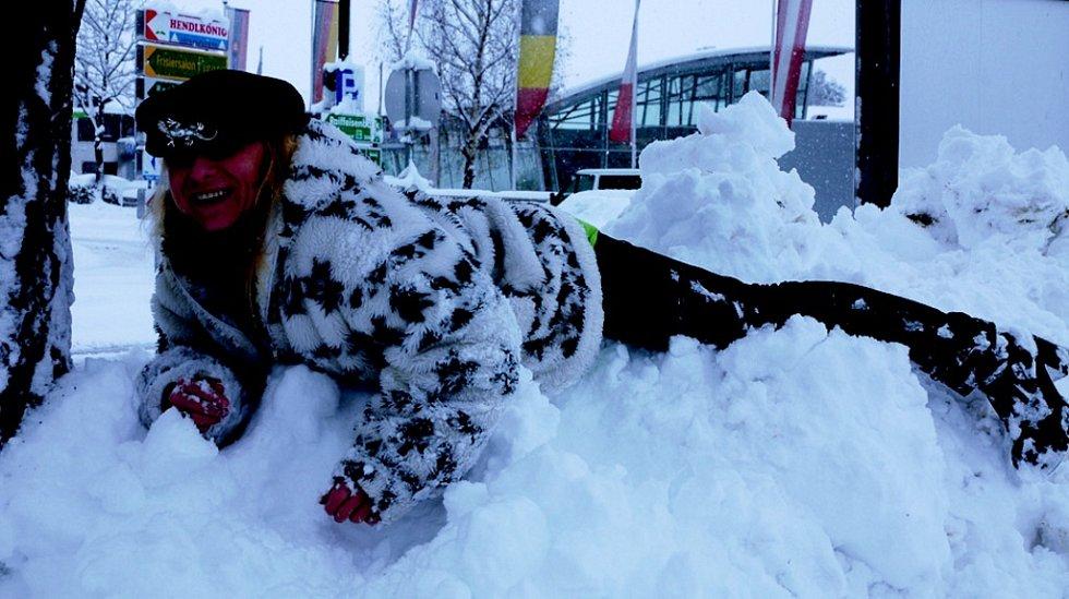 Sněhová nadílka potěšila i dospělé