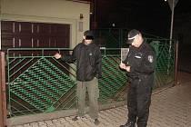 KRÁDEŽ. Strážníci zadrželi zloděje.