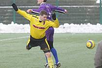 Loňský rok zakončili fotbalisté Řezuz Děčín přátelákem s bývalými Pelikány a rok 2009 zahájí sobotním soubojem s Českou Lípou.