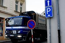 Řidiče v Děčíně překvapila změna značení v Lázešnké ulici