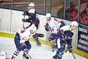 POSTUP. Děčínští hokejisté zvládli čtvrté utkání a proklouzli do čtvrtfinále.