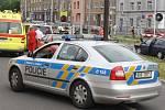 Na železničním přejezdu v Sofijské ulici u Centra Pivovar se stala dopravní nehoda. Řidič narazil do světelné signalizace na železničním přejezdu.