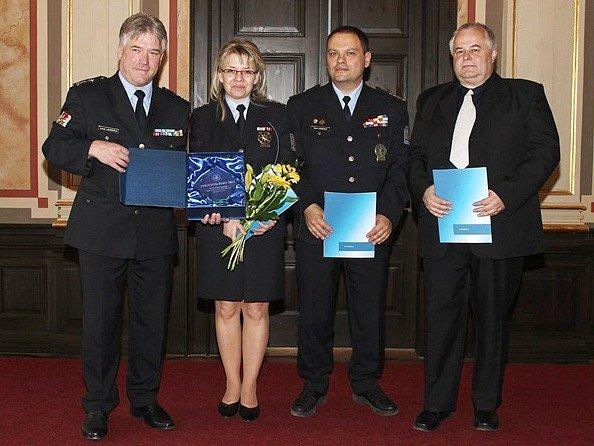 Renata Michajličenková převzala ocenění pro nejlepšího policistu roku Ústeckého kraje.
