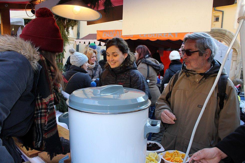 Vánoční trhy v děčínském muzeu se opět těšily velkému zájmu.