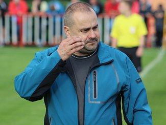 JOSEF RÁKOSNÍK - trenér Jiskra Modrá.