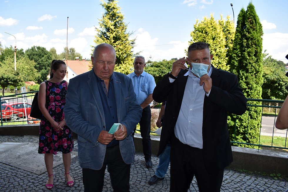 Lužickou nemocnici navštívili představitelé kraje.