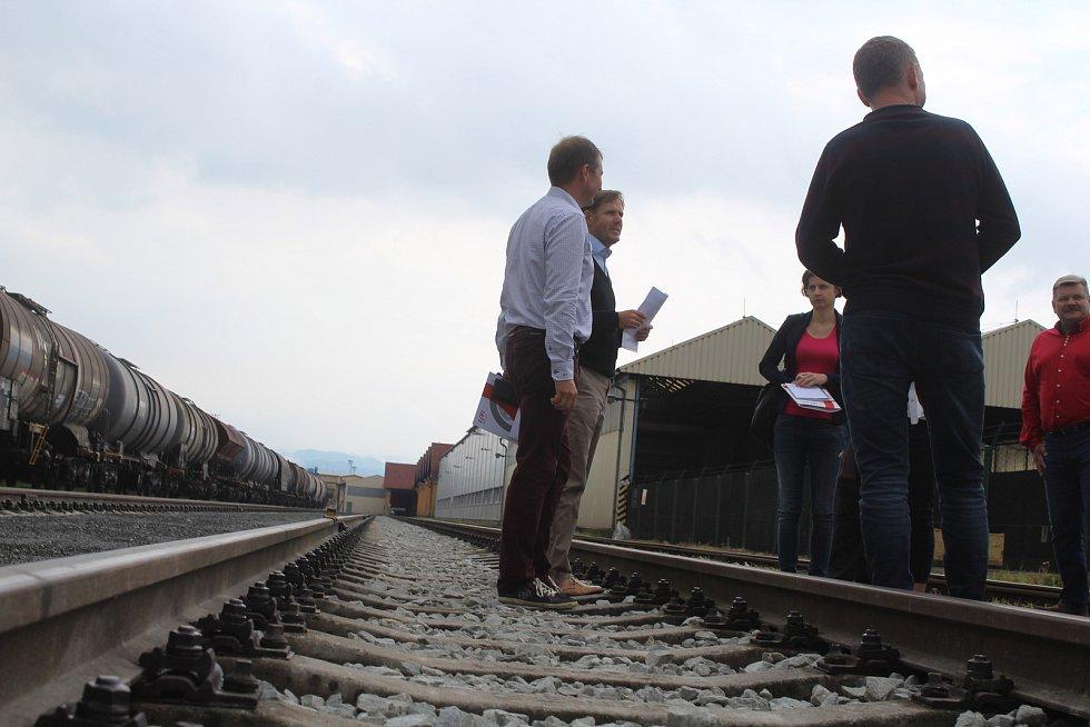V Děčíně otevřeli novou železniční vlečku.