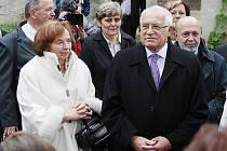 Prezident Václav Klaus na zámku v Benešově nad Ploučnicí.