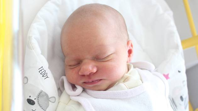Rodičům Michaele Novákové a Igoru Sykáčkovi z Varnsdorfu se v sobotu 15. června v 0:01 hodin narodila dcera Eliška Sykáčková. Měřila 50 cm a vážila 3,35 kg.