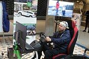 V Pivovaru je možné si vyzkoušet simulátor auta pro vozíčkáře.