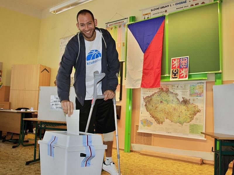 Volit již byl také kapitán děčínských basketbalistů Jakub Houška.