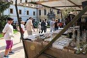 Historický májový trh v areálu děčínského zámku