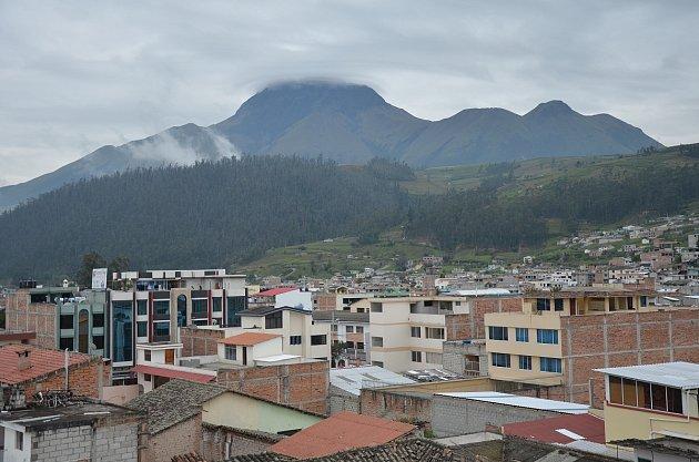 Sopka Riobamba na Otavalem nám díky ústavičnému dešti zůstala zapovězena