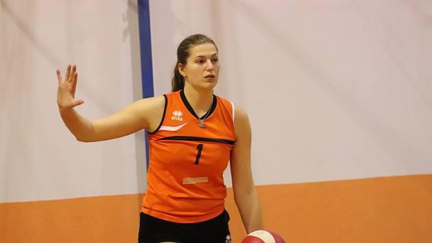 VOLEJBALISTKY Děčína a Rumburka drží ve druhé lize druhé místo.