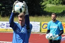 ODCHOVANCI. Brankář Martin Vaňák (na snímku)  je už delší dobu v A týmu, nyní se s ním připravuje i Marek Rybář.