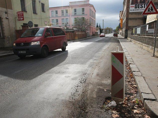 Dělnická ulice je řidiči považována za ostudu města. To by se ale mělo změnit.