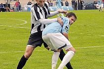 Jediný divizní gól dal o víkendu vilémovský Kříž (v modrém).