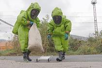 Do veřejné kanalizace uniklo osmdesát litrů kyseliny sírové