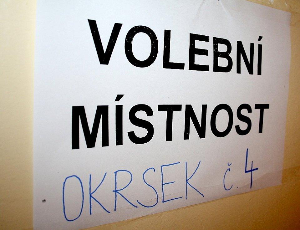 Předčasné volby do Poslanecké sněmovny, Děčín, Komenského náměstí
