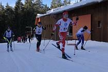 DANIEL HOZÁK si v Břízkách v Jablonci nad Nisou vysloužil dvě vítězství v rámci ČP běhu na lyžích.