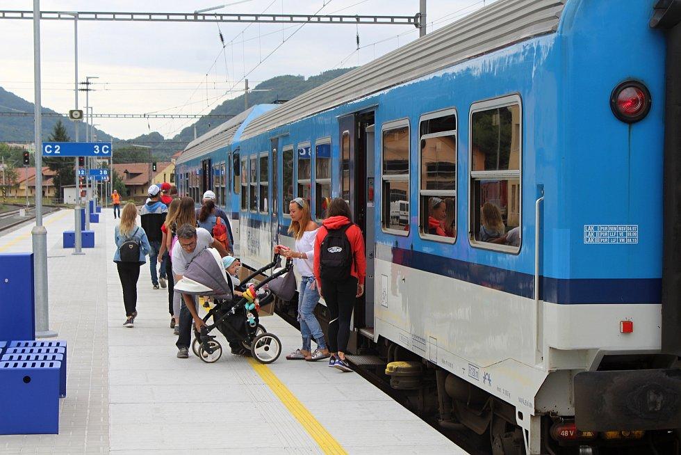 Opravené děčínské východní nádraží.