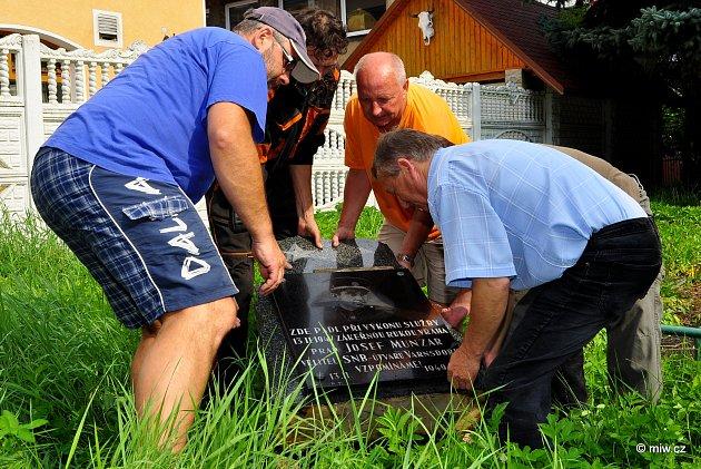 Stěhování pomníku
