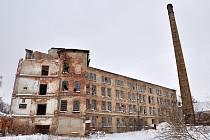 Továrnu čeká demolice.