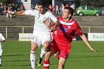 ZLATÉ TŘI BODY si přivel Varnsdorf (v červeném) za výhru 1:0 v Karviné.