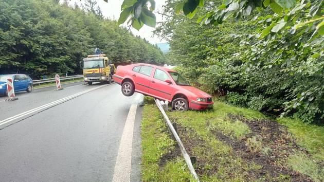 Dopravní nehoda u Dolního Podluží.