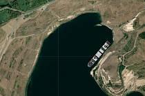 Loď Ever Given na jezeru Most.