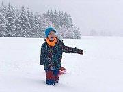 Sníh zasypal Doubici.