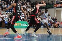 Sport basketbal 3. semifinále Děčín - Svitavy