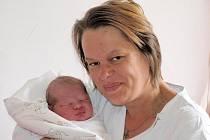 Zdeňce Vasové z Mikulášovic se 27.dubna v 8.45 v rumburské porodnici narodil syn Jakub Rychtecký. Měřil 51 cm a vážil 3,8 kg.